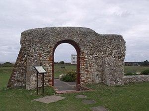 Batter (walls) - Image: Ruins of St Edmund's Chapel Hunstanton St Edmund's Point