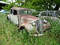 Rusty Citroen Traction.jpg