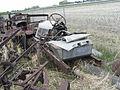 Rusty Vintage Car (2535907357).jpg