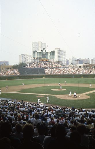 1988 Chicago Cubs season - Reds vs. Cubs at Wrigley Field, September 2, 1988