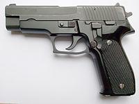 SIG Sauer P226 neu.jpg