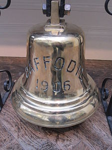 SS Royal Daffodil (1906) ship's bell, Williamson Art Gallery.jpg
