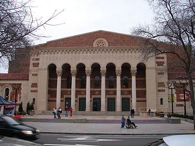 Sacramento Memorial Auditorium March 2009.jpg