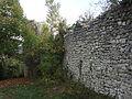 Saint-Vincent-sur-Jabron, vestiges de l'enceinte.jpg