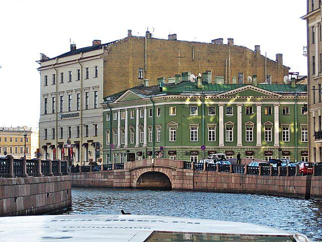 Дом Аракчеева на Мойке у Зимнего дворца. Архитектор Ф. Демерцов.