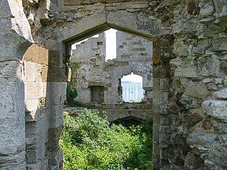 Sandsfoot Castle - The interior of Sandsfoot Castle in 2008, showing ashlar-faced (left) and rubble stone walls (right)