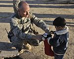Sather Airmen Bring Holiday Cheer to Iraqi Children, Aid to Families DVIDS138557.jpg