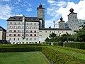 Schlossgarten mit Stockalperschloss.jpg
