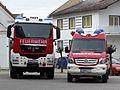 Schweres Rüstfahrzeug und Einsatzleitfahrzeug 01.JPG