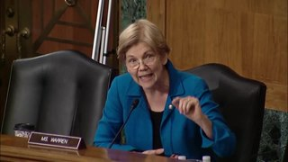 Fichier:Senator Elizabeth Warren questions Leonard Chanin at Banking Hearing on Consumer Finance Regulations.webm