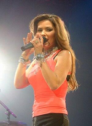 Shania Twain, live in Wembley, UK