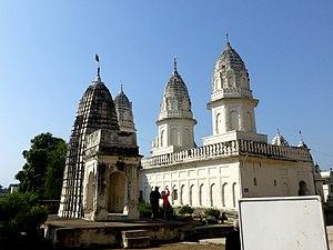 Jain temples of Khajuraho - Image: Shantinath Jain Temple Eastern Group of Temples Khajuraho India panoramio