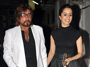 Shraddha Kapoor - Kapoor with her father Shakti Kapoor, who appeared in a cameo in her debut film.