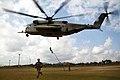 Sikorsky CH-53E (USMC) (11871111986).jpg