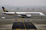 Singapore Airlines A350-941 (9V-SMK) taxiing at Milan Malpensa Airport.jpg