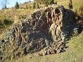 Skała Bazaltowa (pomnik przyrody) sprzed około 120 milionów lat - panoramio.jpg
