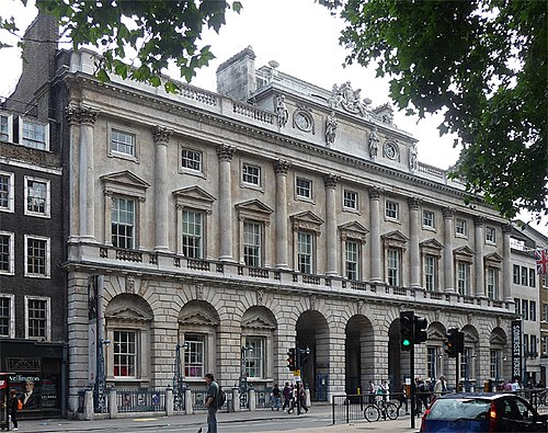 The Strand block of Somerset House, designed by William Chambers from 1775 to 1780, home of the Courtauld Institute and the Courtauld Gallery since 1989 Somerset House, Strand.jpg