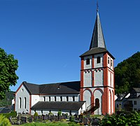 St. Bartholomäus Hirzenach 01.jpg