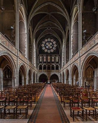 St Augustine's, Kilburn - Image: St Augustine's Church, Kilburn Interior 3, London, UK Diliff