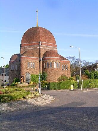 Princes Risborough - The Roman Catholic Church of St Teresa of the Child Jesus