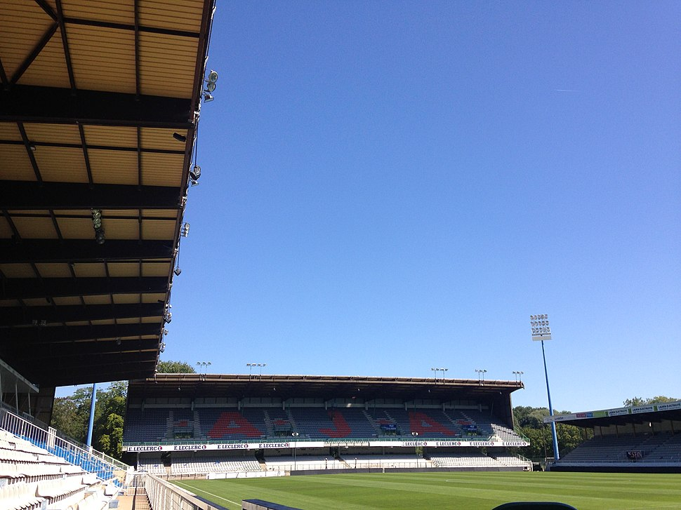 Stade de l'Abbé Deschamps (1)