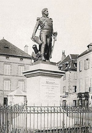 Jean Baptiste Antoine Marcellin de Marbot - Statue of General Marbot in Beaulieu-sur-Dordogne