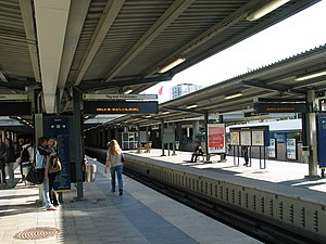 Vällingby - The platform of the metro station