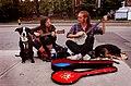 Street performers Toronto 2010.jpg