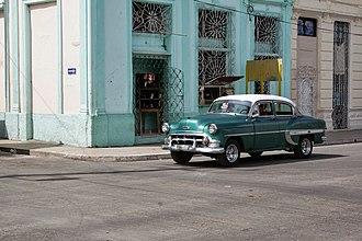 Cárdenas, Cuba - Image: Streetcorner in Cárdenas, Cuba (2013)