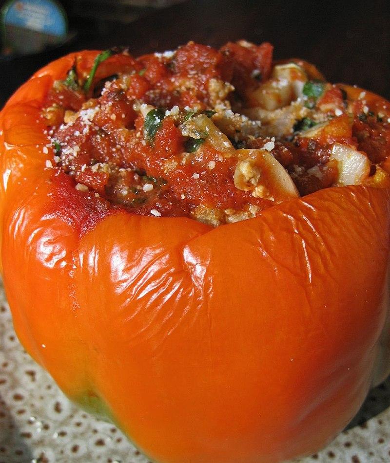 800px-Stuffed_orange_pepper.jpg