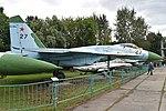 Sukhoi Su-27 '27 red' (38013848955).jpg