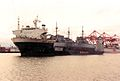 Super Servant 3 returns to Bremerton with US Navy minesweepers in 1990.jpg