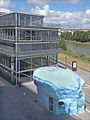 Sur le parvis de lécole darchitecture (le Voyage à Nantes) (7711697332).jpg