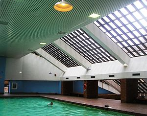 The Crossways, Toronto - The swimming pool