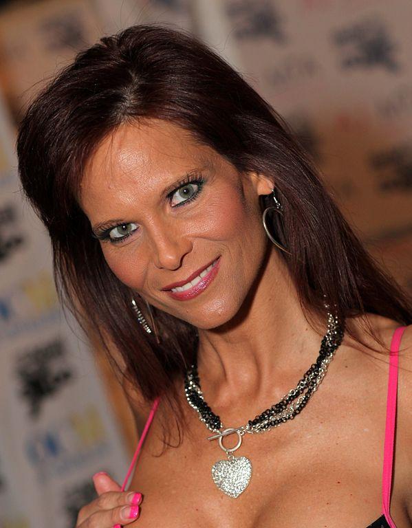 Datei:Syren De Mer AVN Adult Entertainment Expo 2013.jpg