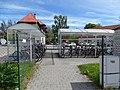Třeboň, autobusové nádraží, přístřešky na kola.jpg