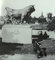 Taureau Expo universelle 1878 Paris.jpg