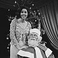 Televisieprogramma de Corry Brokken-Show Corry met de kerstman, Bestanddeelnr 918-5444.jpg