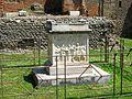 Tempio di Vespasiano 2.JPG