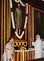 The Prime Minister, Shri Narendra Modi paying homage at the portrait of the former Prime Minister, Shri Morarji Desai, on his Birth Anniversary, in New Delhi.jpg