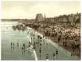 The beach, Portobello, Scotland-LCCN2002695042.tif