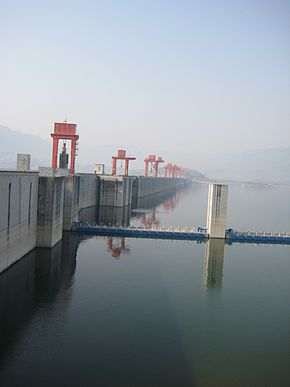 Three Gorges Dam 09.jpg