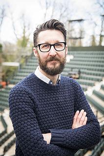 British theatre director