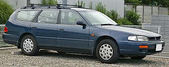 Toyota Camry (XV10) - 1994–1996 Toyota Scepter 2.2 station wagon (Japan)