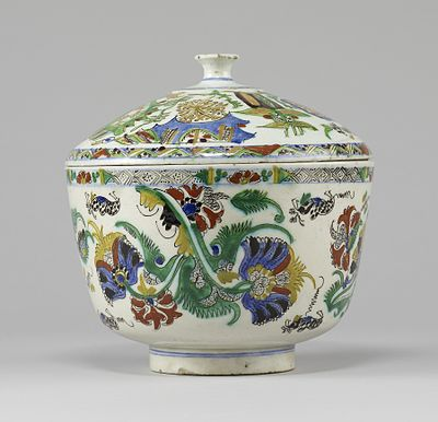 Kutahya ceramics, Pitcher, second half of the 18th century Turkish - Bowl - Walters 481732 - View A.jpg