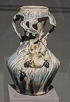 Turn-Teplitz - Vase with elm-leef blackberry