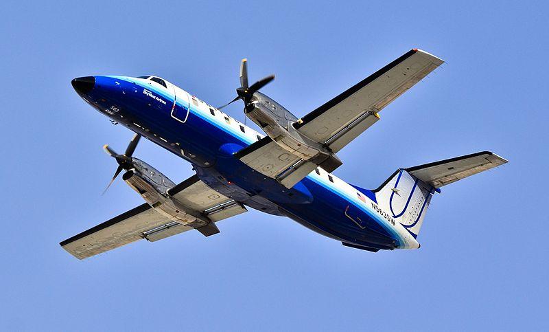 File:United Express (SkyWest Airlines) Embraer EMB-120ER Brasilia N563SW (cn 120338) (6821306792).jpg