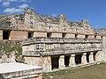 Uxmal - Quadrangulo de las Monjas - Nördlicher Palast und kleine Halle 1.jpg