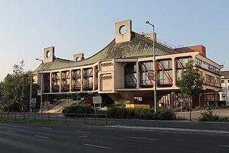 Nyíregyháza - Váci Mihály Municipal Cultural Centre, Nyíregyháza by Ferenc Bán
