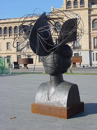 Manolo Valdés - Image: Valladolid Manolo Valdes Expo 2006 07 lou